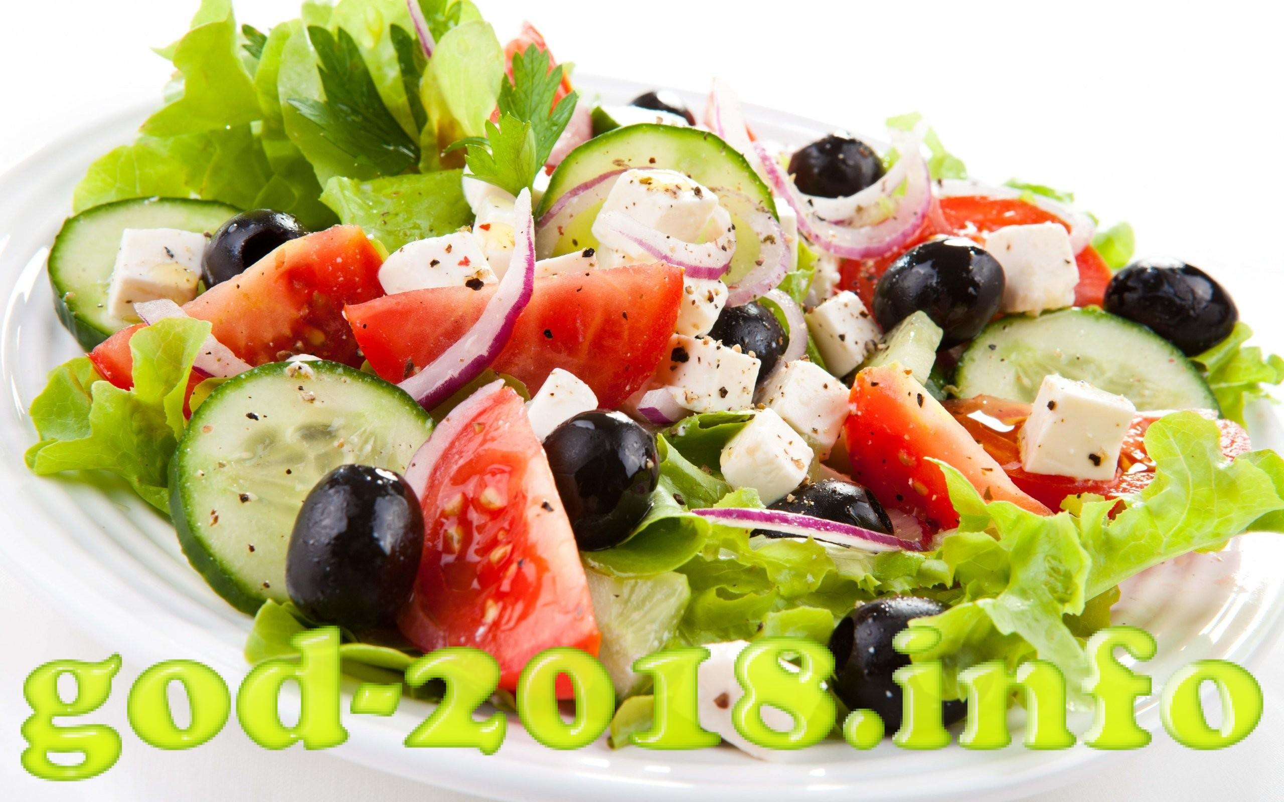 prostye-novogodnie-salaty-s-receptami-na-2018-god-s-foto-8