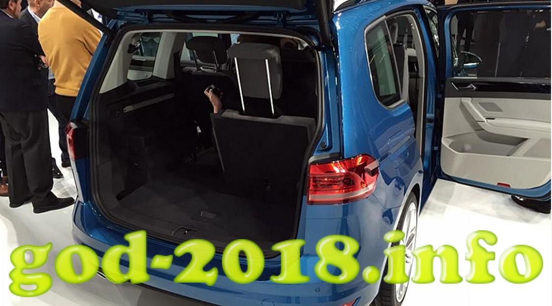 volkswagen-touran-2018-35