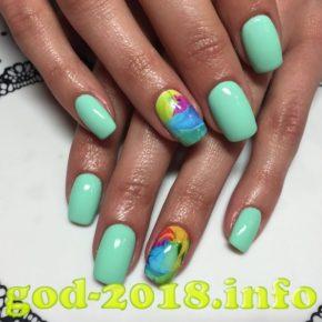 modnyj-dizajn-nogtej-2018-10